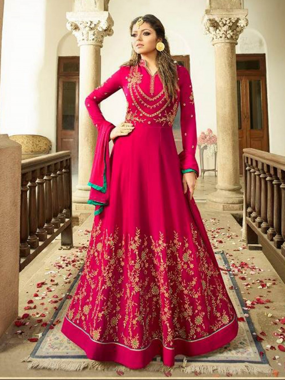 Drashti Dhami Wear Pink Color Faux Georgette Salwar Suit