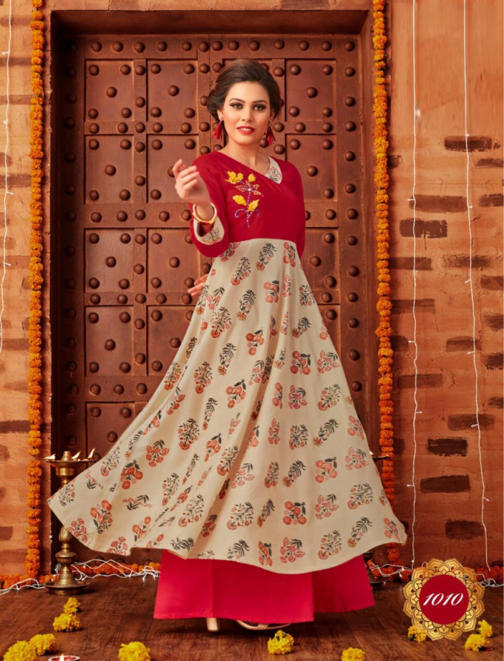 Bedazzling Red Colour Printed Plazzo Suit