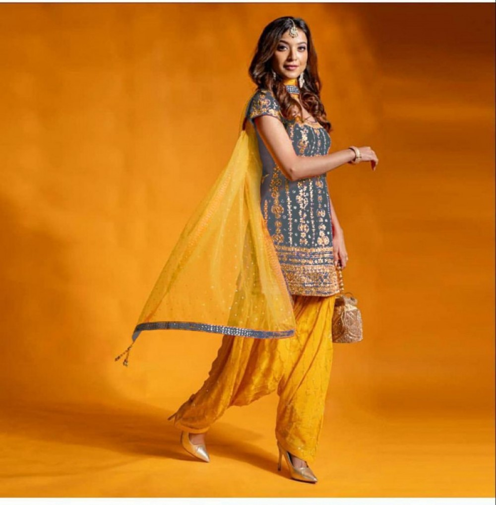Name PRESENTING NEW  TOP DHOTI WITH DUPATTA  GREY COLOUR