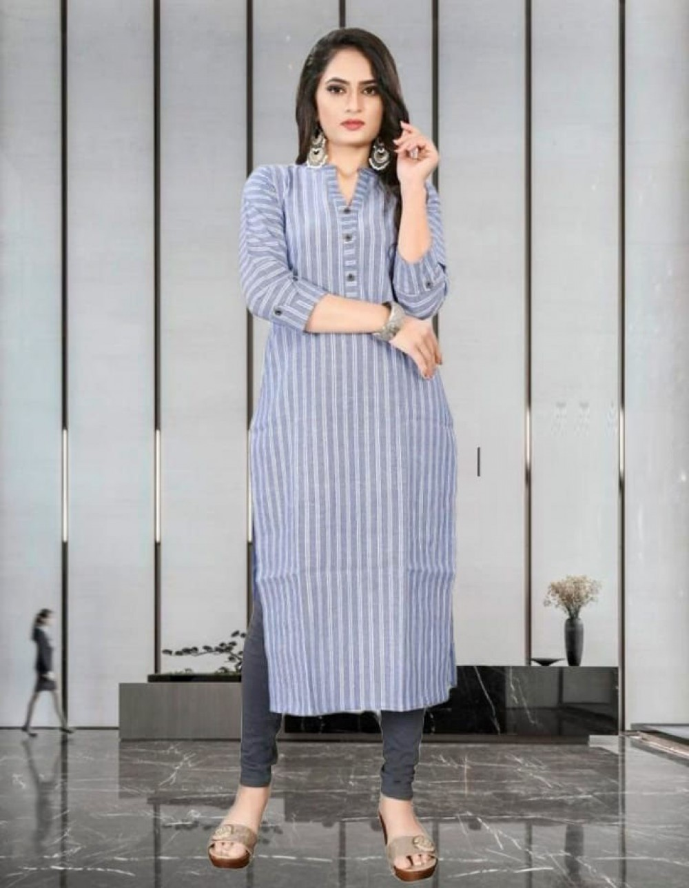 Eye catching Onlion Light Grey Printed Kurti