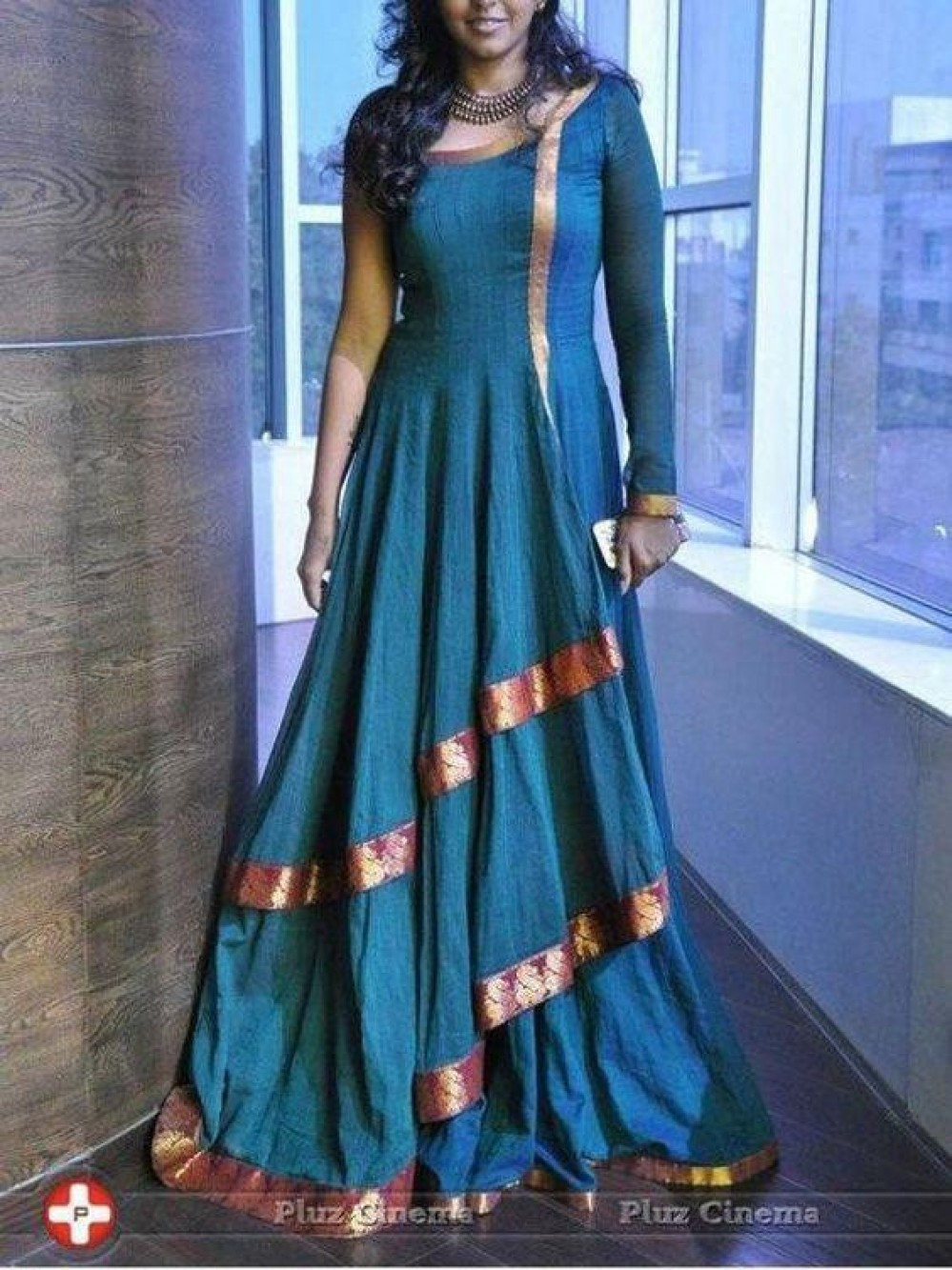 Mesmeric Wedding Wear ly royal blue Suit