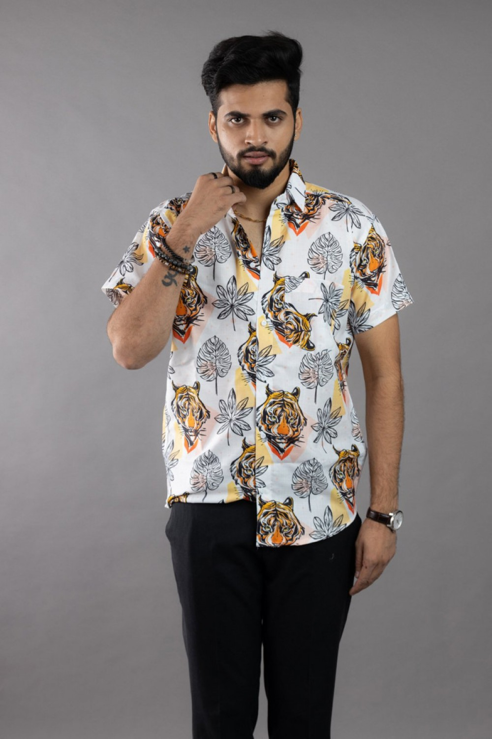 Pleasance White Tiger and Leaf Short Sleeves Cotton Shirt