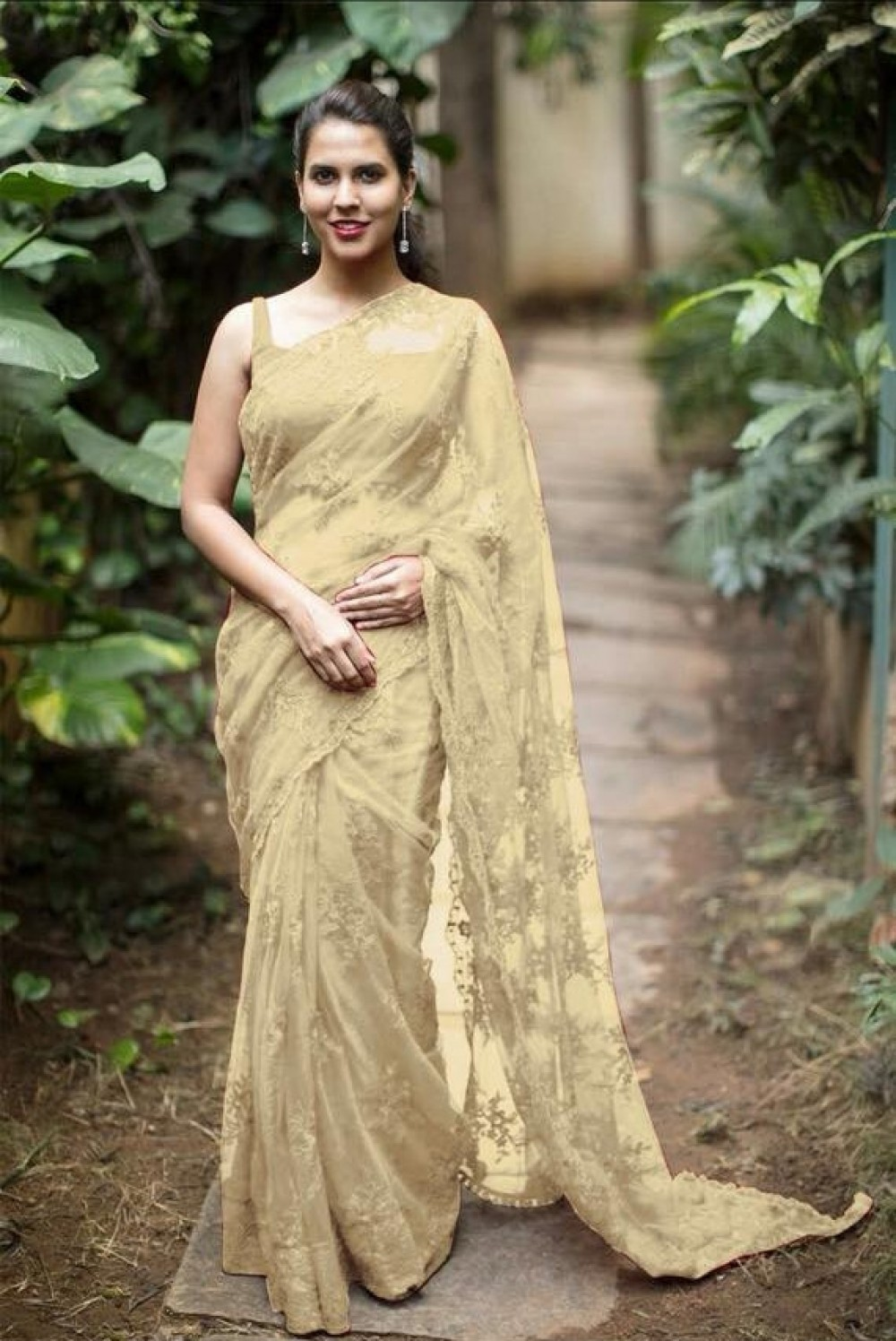 Breathtaking Law Price Golden Saree