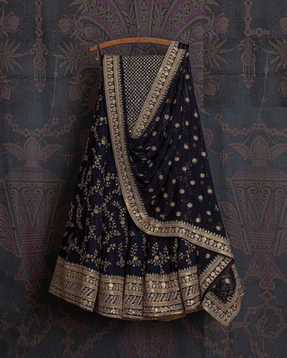 Fashion Design Bridal Wear Black Colour lehenga Choli For Casual