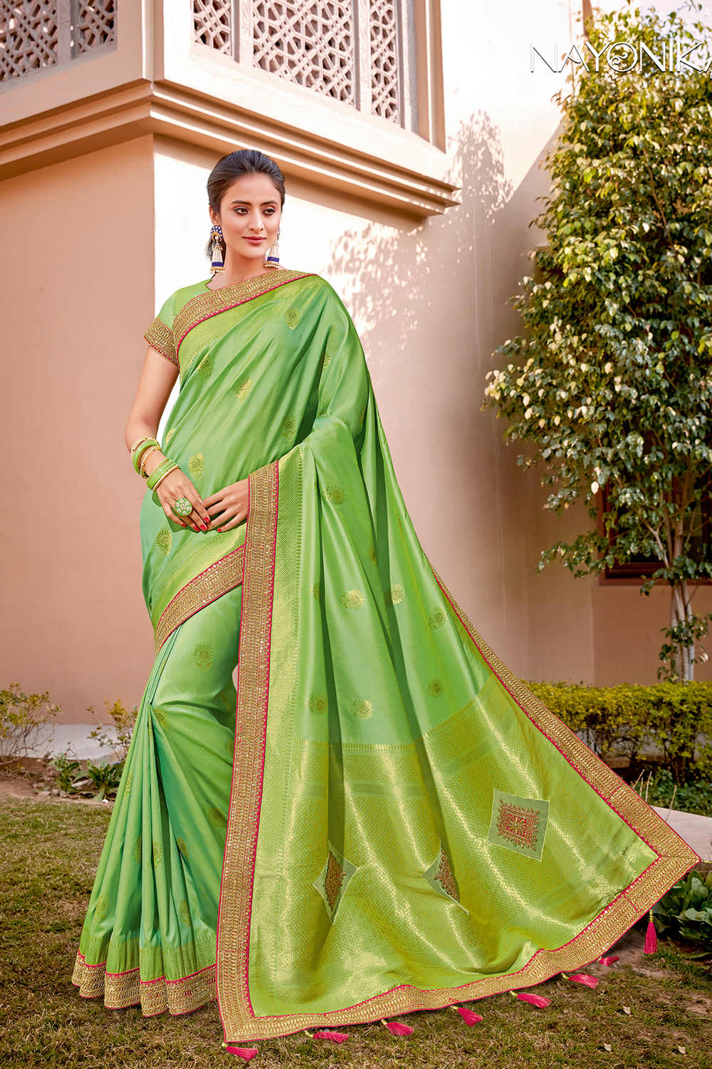 As vibrant as freshly sporuted greens in the natur saree