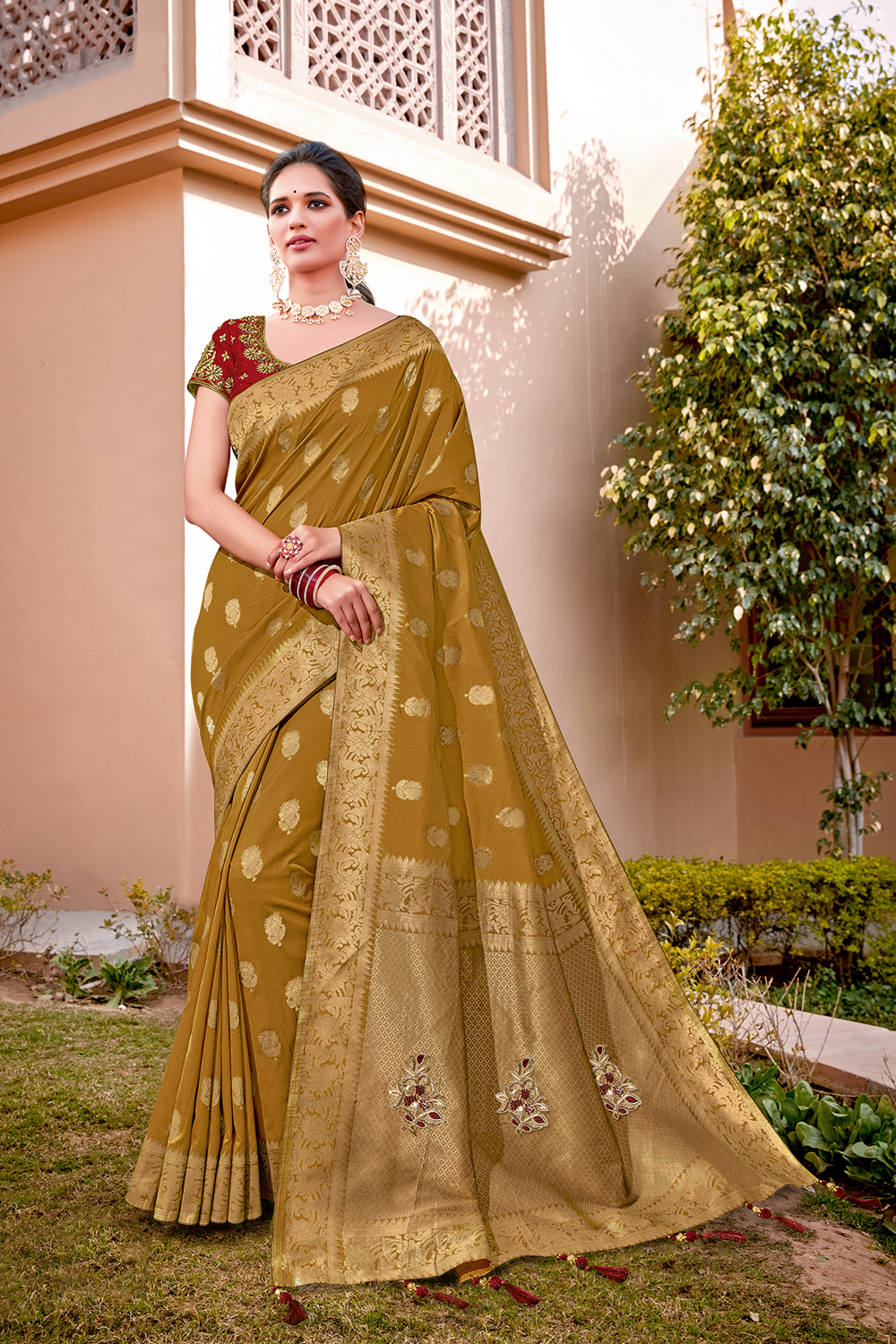 A muted and refined silk saree