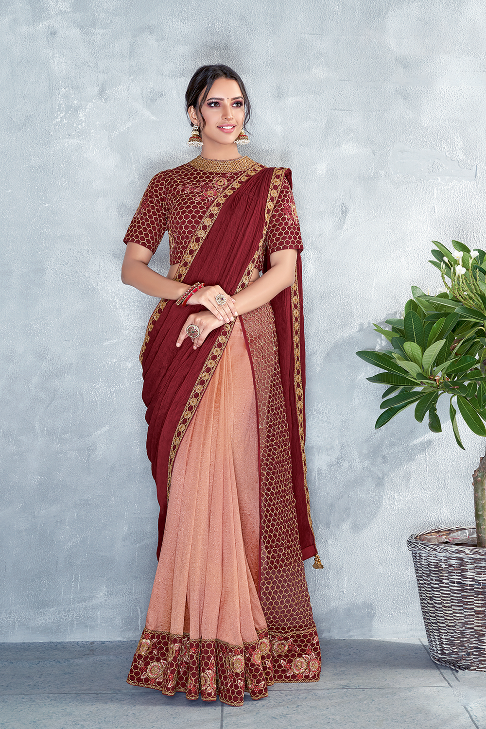 Pre-pleated saree with crush pallup